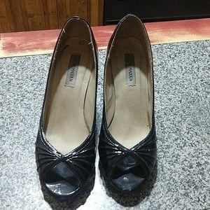 Steve Madden peeptoe heels size 9
